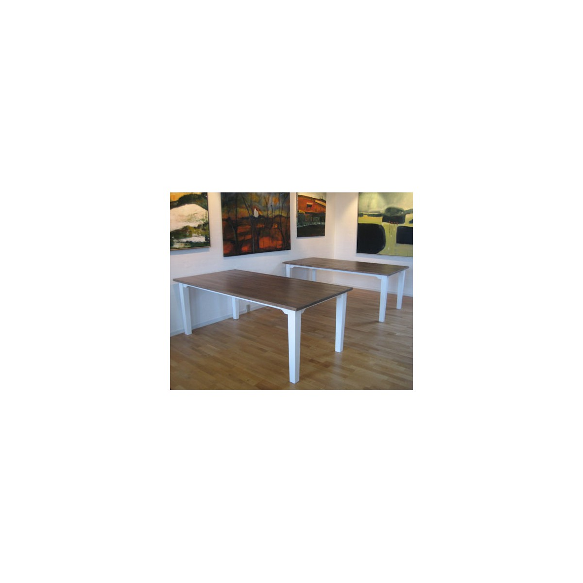 Langbord model Mette. Køb det online hos Brandi LIving